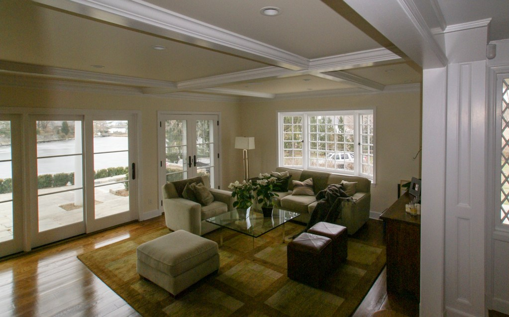 Ed-Ensign-Contracting-Living-Rooms-05
