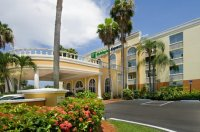 Holiday Inn Express Miami Airport Doral Area - Compare Deals