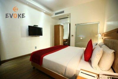 Evoke Lifestyle Delhi, New Delhi - Compare Deals