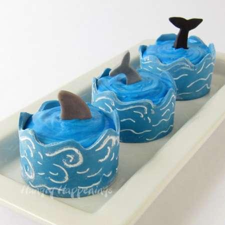 edible-cupcake-wrapper-waves-ocean-cupcakes