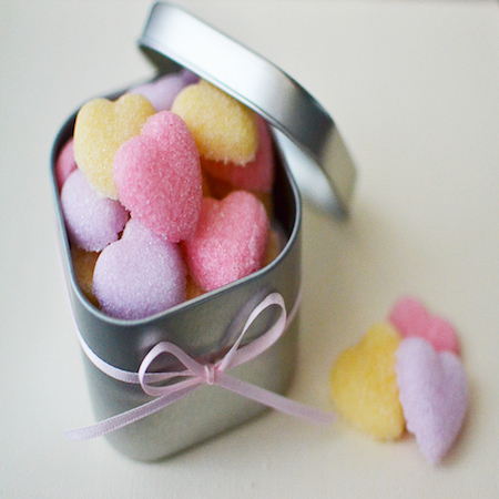 sugar-hearts-tutorial-not-your-ordinary-sugar-cubes