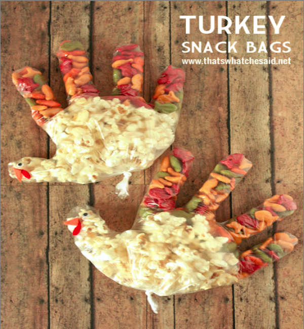 Turkey_Snack_Bags_Thanksgiving_Kids_Activity_at_thatswhatchesaid.net