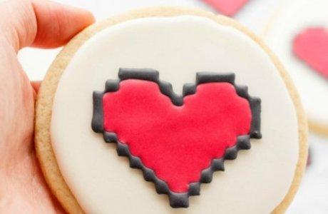 8 Bit Heart Cookies