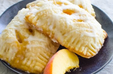 Peach Bourbon Brown Sugar Hand Pies