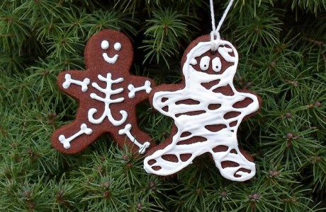 GingerDead Cinnamon Ornaments for Halloween