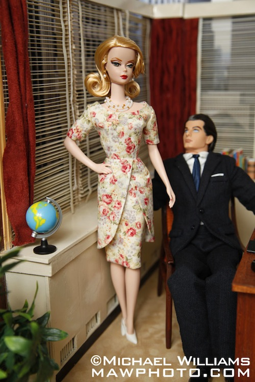 Set One Couchtisch York Photographer Modifies Barbie Dolls After 'mad Men ...