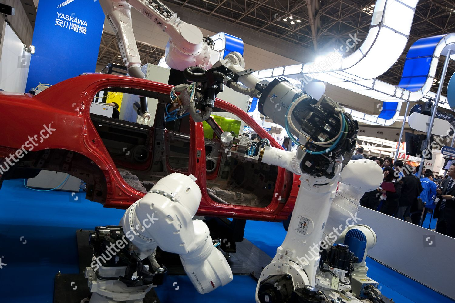 Vehicle Manufacturers In Japan Robots Use Car Manufacturing Process Produced By Editorial