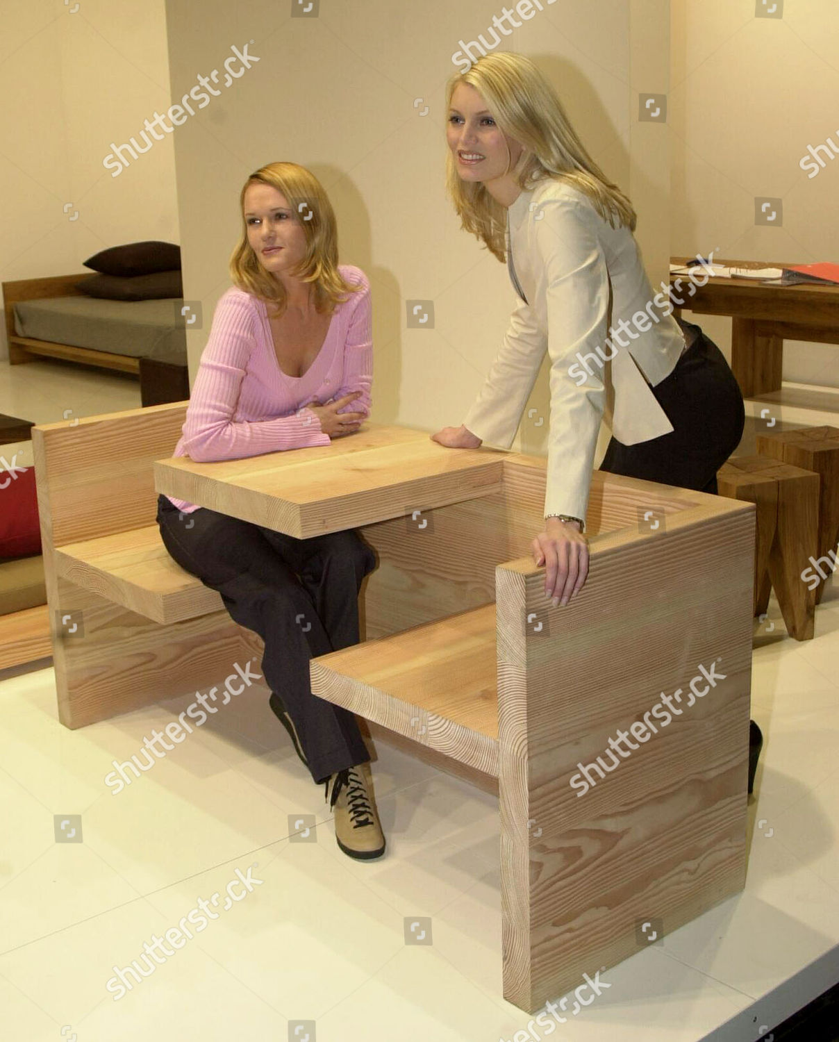 Möbel In Nrw Young Ladies Present Newly Designed Wooden Benchtable Editorial