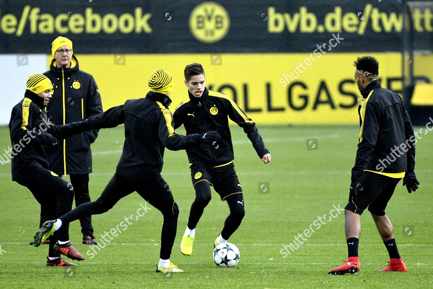 Facebook Dortmund Dortmunds Julian Weigl C Action During Training Editorial Stock
