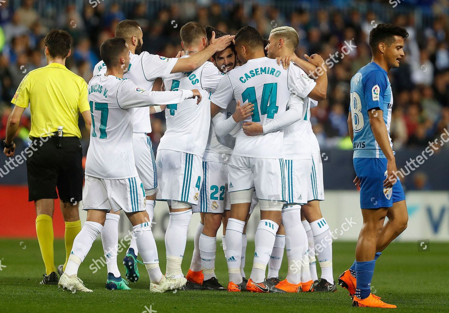 Avis Malaga Real Madrids Isco Celebrates Teammates After Scoring Editorial