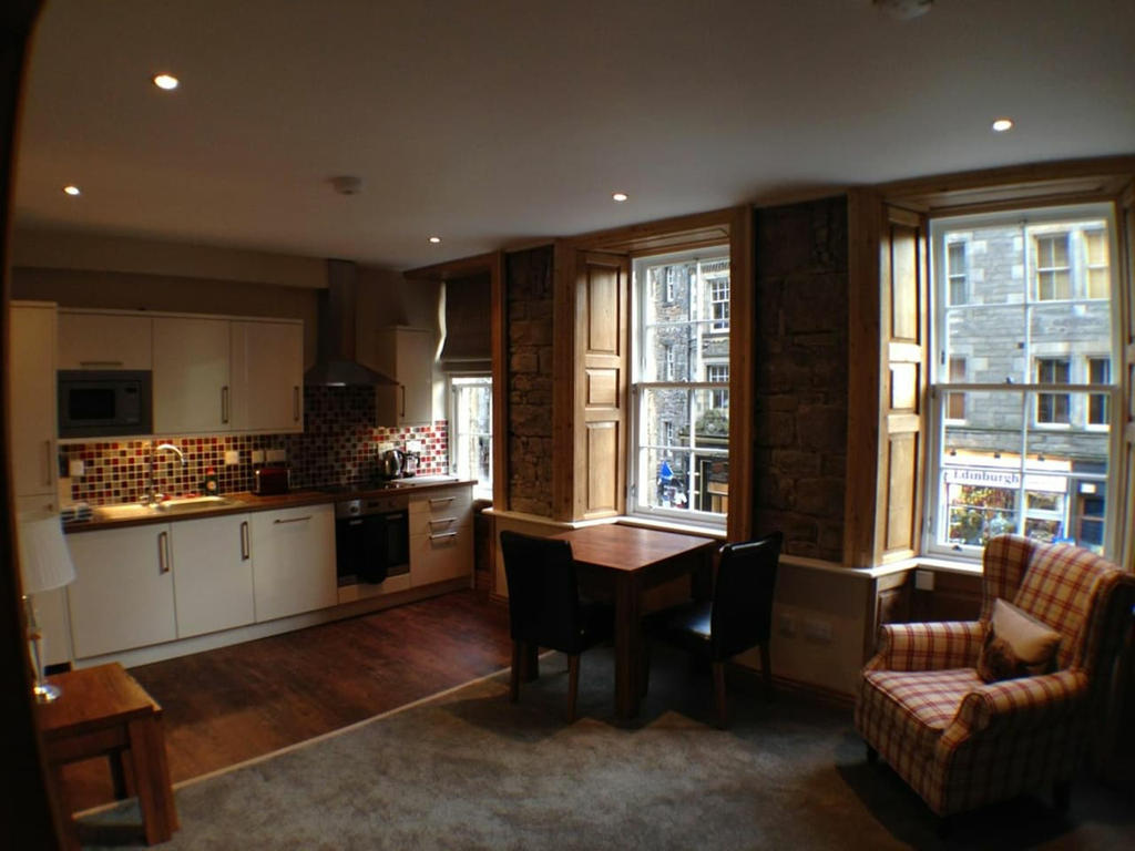 Free Kitchen Design Edinburgh Edinburgh Apartments 2 Bedroom Royal Mile Old Town