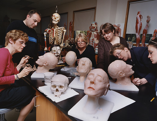 What to Look for While Choosing a Mortician School - mortician job description