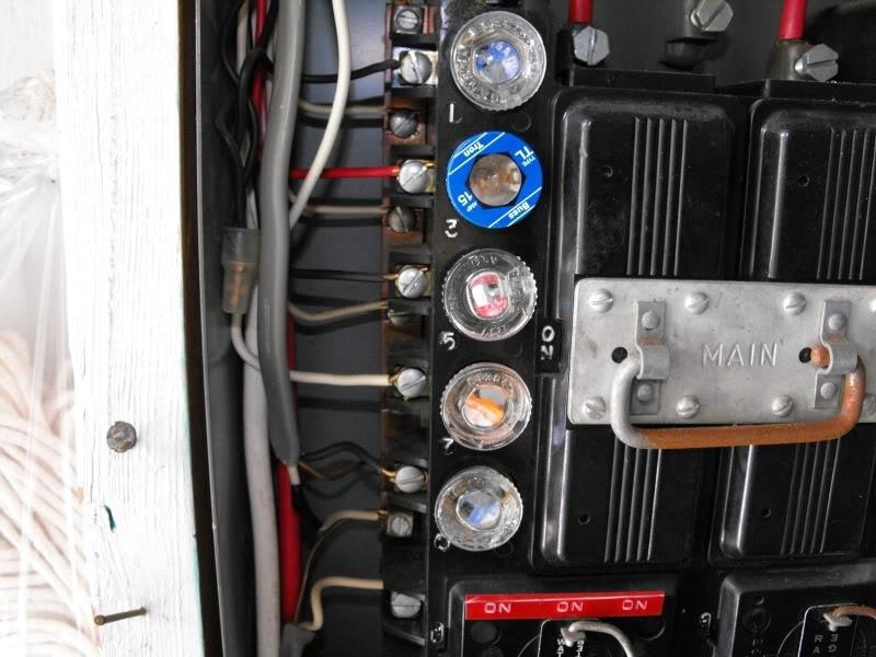 Electrical panel upgrades in Mississauga, Oakville, Kleinburg, Woodbrige
