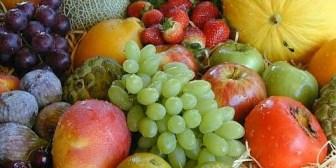 El 70% de las frutas que se consumen en el país vienen del exterior
