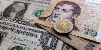 Inversores arrasaron con el dólar en todas sus formas