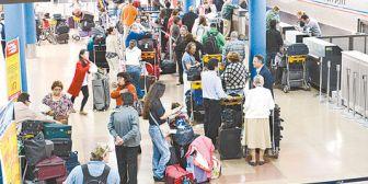 Aduana de Bolivia pide a 14 aerolíneas reconsiderar el paro escalonado