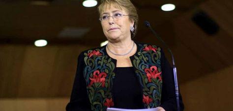 Bachelet en conferencia de prensa. Foto: EFE