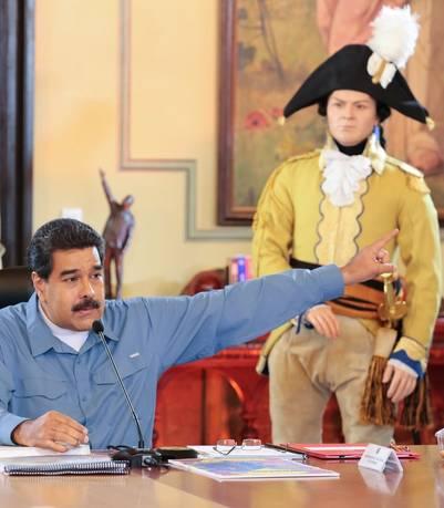 El presidente de Venezuela, Nicolás Maduro, durante un consejo ministerial en el Palacio Miraflores en Caracas. /EFE