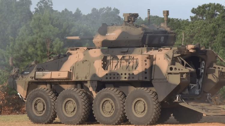 Vehículo blindado LAV de reconocimiento por tierra del Ejército Estadounidense. 15 de julio de 2016.