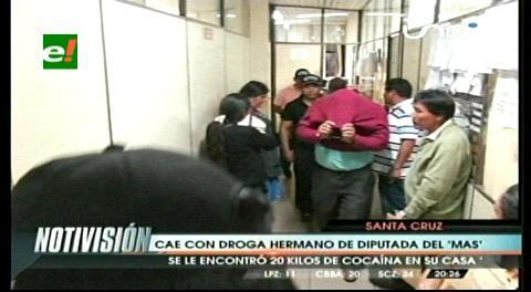 Detienen a tres personas con veinte kilos de droga