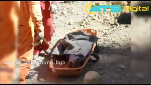 Persona muere tras ser sepultada por deslizamiento en La Paz