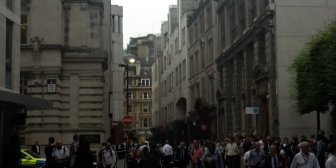 Evacuación policial en el centro de Londres