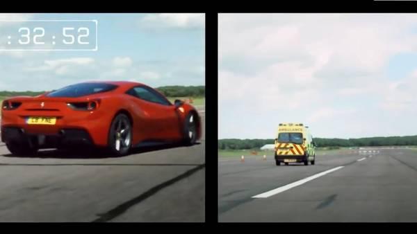 Ferrari vs ambulancia