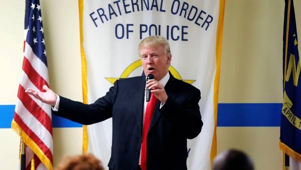 Campaña. El republicano Donald Trump, ayer, durante un acto en Carolina del Norte (AP).
