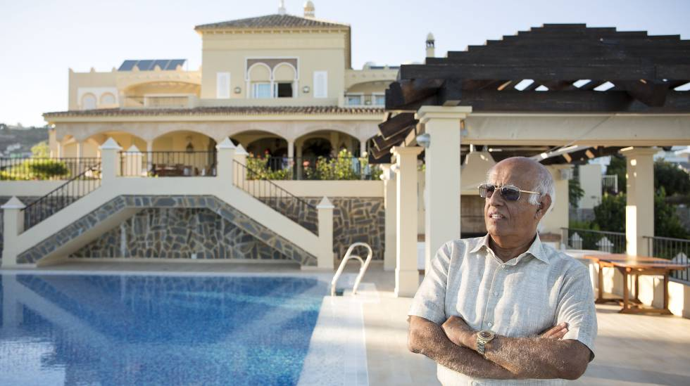 El kuwaití Salem Al Marzouk, en su casa de Marbella.
