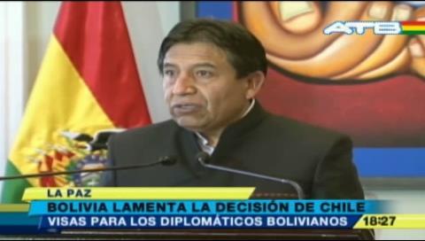 Canciller lamenta decisión de Chile de suspender visas diplomáticas