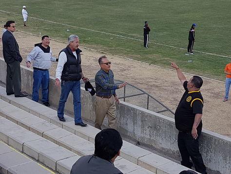 Hubo enfrentamientos en las tribunas.