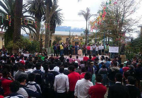 Coroico marcha por justicia para religiosa vejada. Foto: Facebook