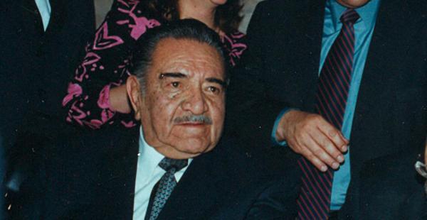 El expresidente aparece en una imagen con Carlos Mesa