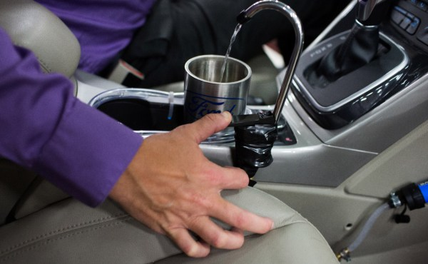 ¿Y si tu coche tuviera un grifo de agua potable?