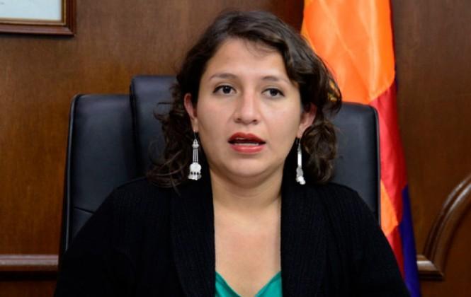 Campero dice que no correspondía declarar alerta por aumento de casos de VIH en La Paz