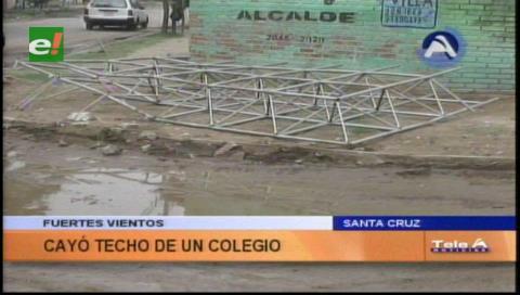 Cae el techo de una escuela en la Villa Primero de Mayo