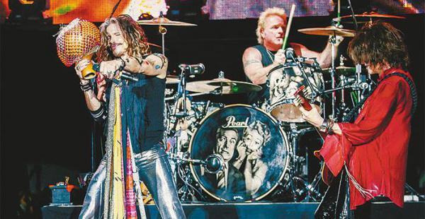 CON TODO. Aerosmith llegará en un chárter privado, con capacidad para 70 personas, a Santa Cruz