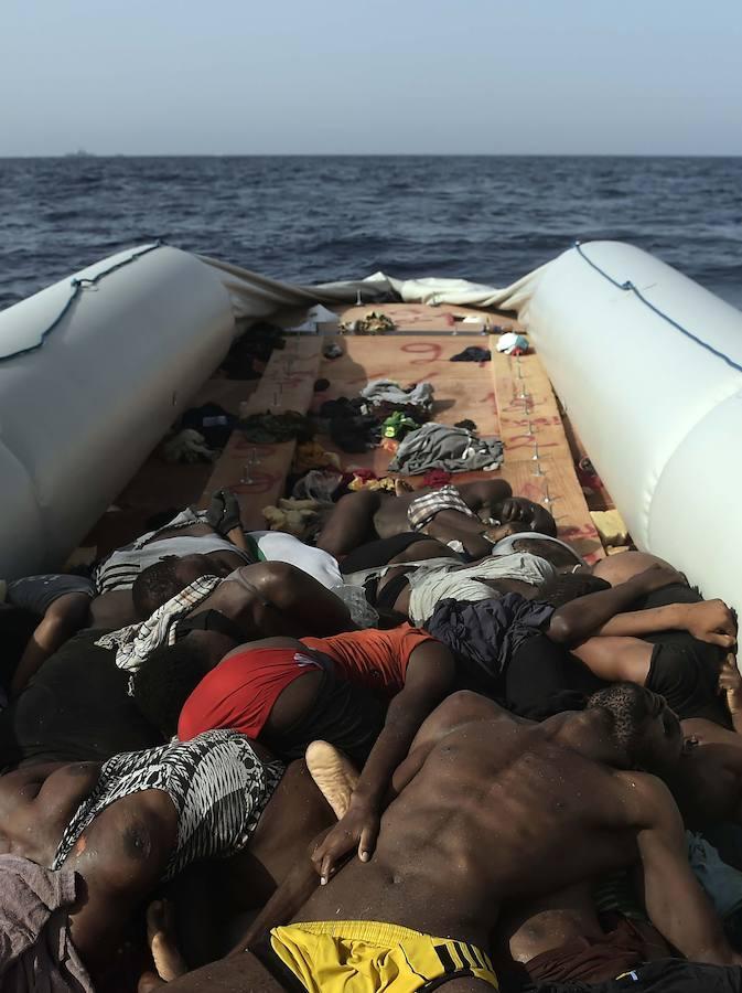 Las 72 misiones de rescate europeas de los últimos días no han podido evitar tragedias como la de estas escalofriantes imágenes