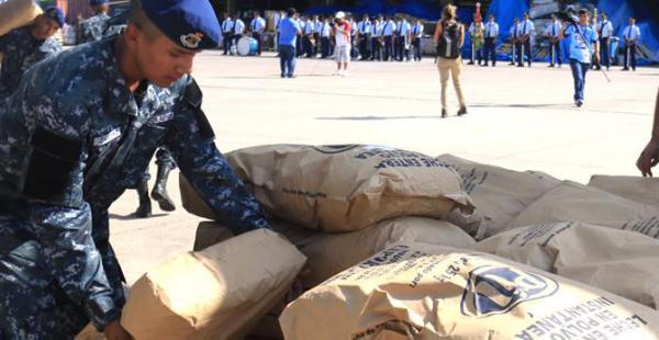 El sábado se hizo el envío del primer cargamento de alimentos para ayudar a los damnificados