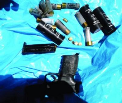 La pistola hallada en Viloco es de un policía que huyó del lugar