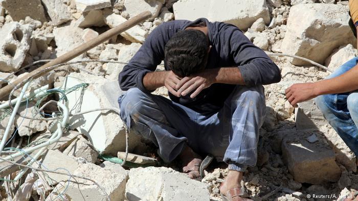 Syrien Trauer und Zerstörung in Aleppo (Reuters/A. Ismail )
