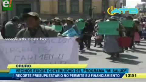 Vecinos marchan por la continuidad del programa Mi Salud