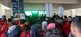Ratusan Mahasiswa FH-UH Aksi Kasus E-KTP