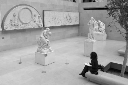 Dans le Musée du Louvre