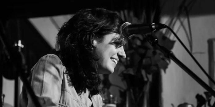 HOY Esther Zecco en Café Libertad 8