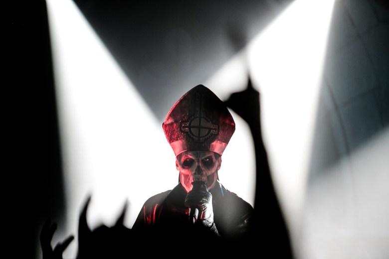 Fantasmagóricos y sacrílegos