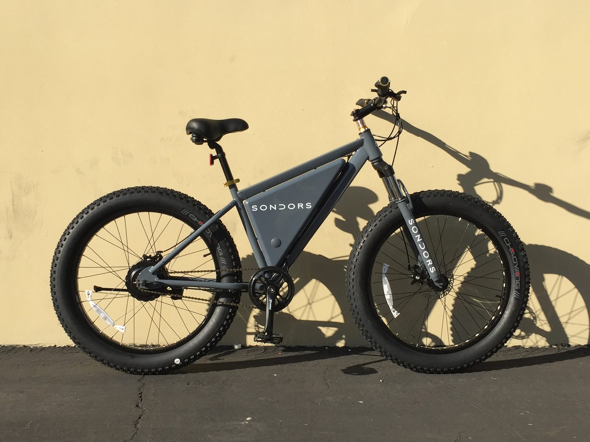 Fat Bike Sondors Fat Bike Review Prices Specs Videos Photos