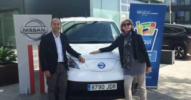 Nissan colabora con Banc dels Aliments cediendo una e-NV200