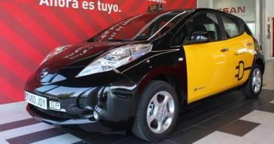 Nissan alcanza más de 550 taxis eléctricos en Europa. Nissan LEAF Taxi eléctrico en Barcelona