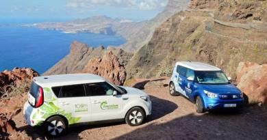 Canarias elimina el IVA en la compra de vehículos eléctricos. Usuarios canarios de coches eléctricos proponen puntos de recarga. Kia SOUL EV en las Islas Canarias. AUVE asociacion de usuarios de vehículos eléctricos